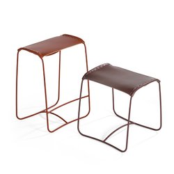 Artifort perching bar stool